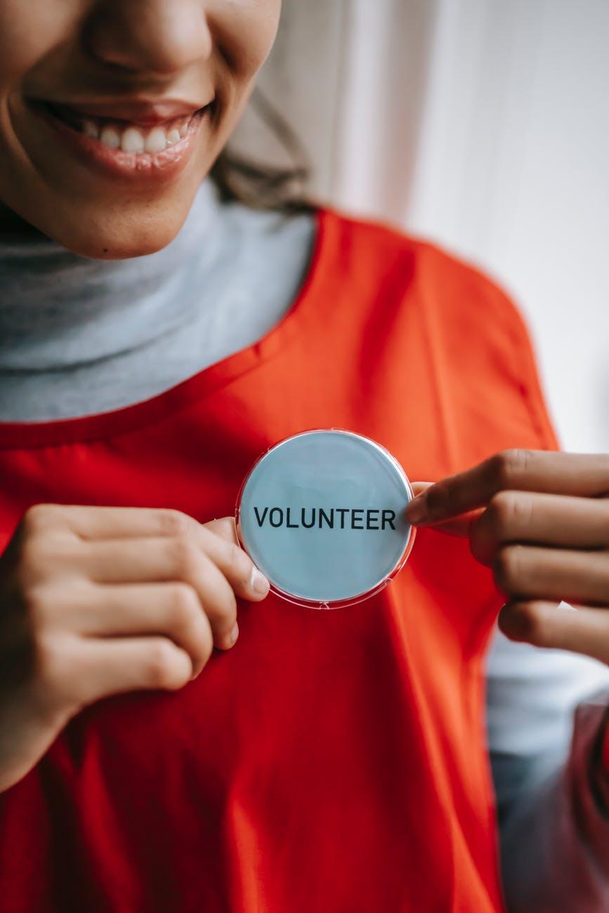 Kvindelig frivillig